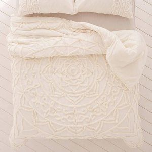 Urban Outfitters Chloe Tufted Medallion Comforter